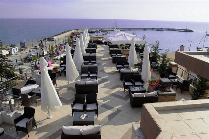 Ресторан в Кассандра у моря
