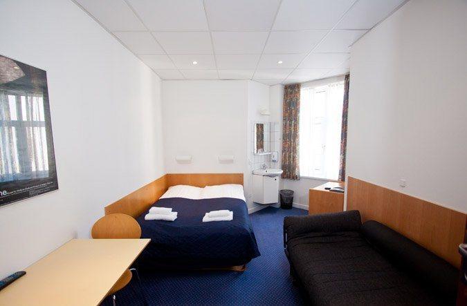 saga hotel copenhagen hotels copenhague. Black Bedroom Furniture Sets. Home Design Ideas