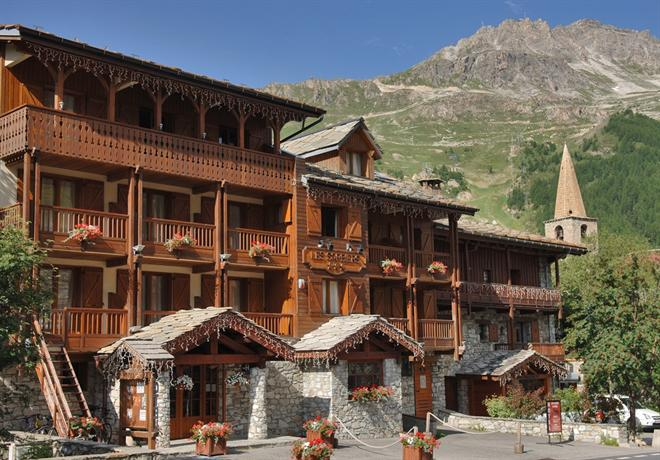 chalet h 244 tel les sorbiers hotels val d is 232 re