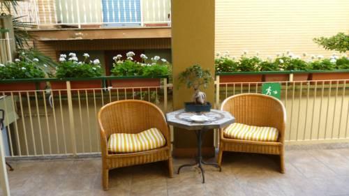 Meuble tripoli vergleich grado hotelpreise for Hotel serena meuble grado