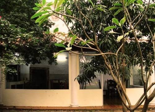 Casa jardin hotel hotels asunci n for Casa jardin hotel