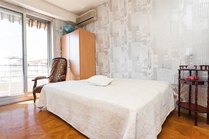 Place massena terrace apartment hotels nice for Hotels 4 etoiles nice