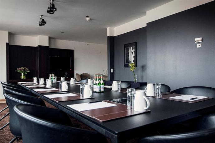 hotel skt petri hotels copenhague. Black Bedroom Furniture Sets. Home Design Ideas