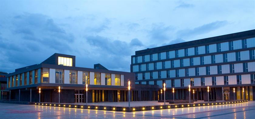 Hotel diagonal plaza buscador de hoteles zaragoza espa a for Hoteles para ninos en zaragoza