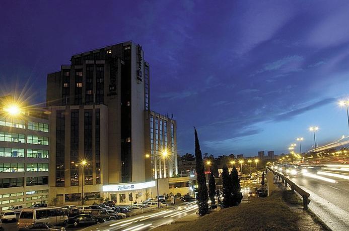 Radisson blu hotel lisbon hotels lisbonne for Hotels 4 etoiles lisbonne