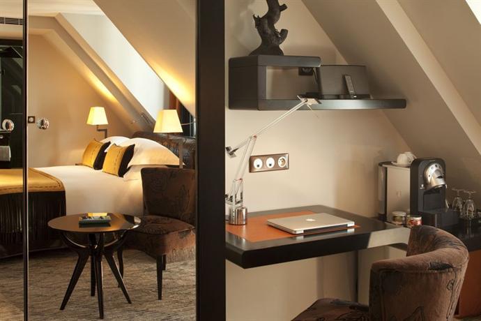 Les jardins de la villa hotels paris for Les jardins de la villa paris hotel