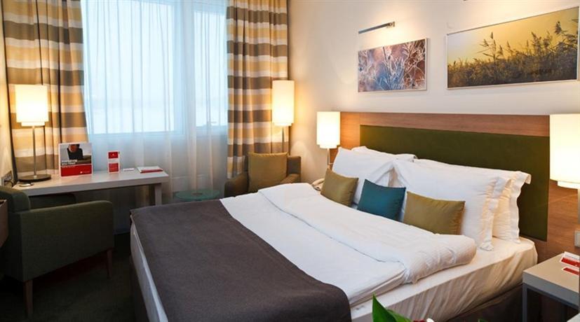 Шлюхи отель рамада екатеринбург