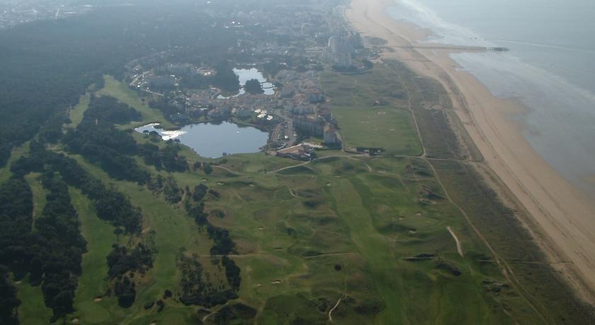 r 233 sidence atlantic golf hotels jean de monts