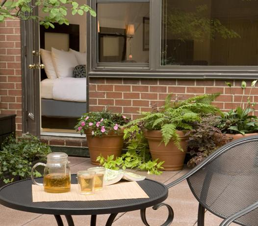 Gardens NYC An Affinia Hotel   Compare New York City Hotel Prices