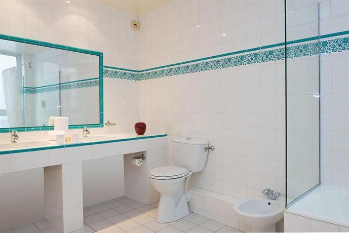 h tel provinces op ra hotels paris. Black Bedroom Furniture Sets. Home Design Ideas