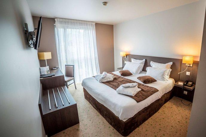 avis aquakub aix les bains. Black Bedroom Furniture Sets. Home Design Ideas