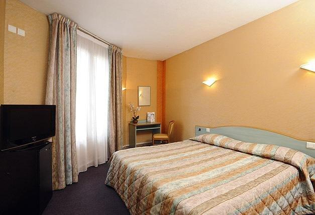H tel auriane porte de versailles hotels paris - Hotel paris pas cher porte de versailles ...