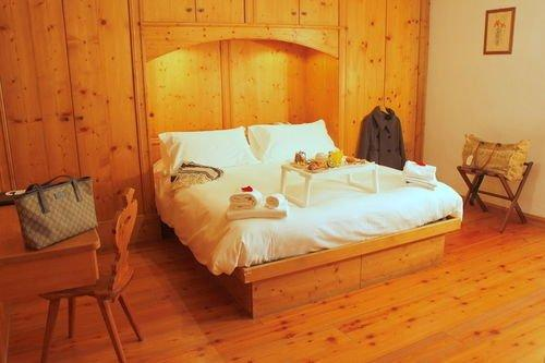 Hotel meuble royal hotels cortina d 39 ampezzo for Meuble astoria cortina