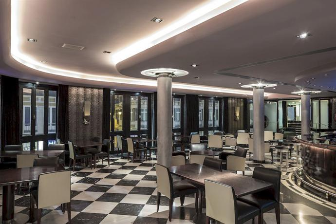 Hotel Malaga Avec Navette Aeroport