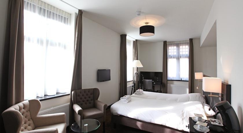 grand hotel alkmaar hotels alkmaar. Black Bedroom Furniture Sets. Home Design Ideas