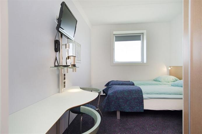 hotel cabinn metro hotels copenhague. Black Bedroom Furniture Sets. Home Design Ideas