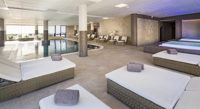 h tel les loges du park aix les bains hotels aix les bains. Black Bedroom Furniture Sets. Home Design Ideas