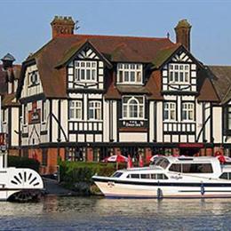 Best Hotels In Norfolk Broads
