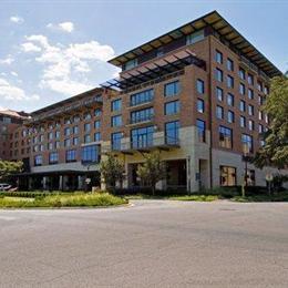 At t hotel conference center austin compare deals for Dining at at t conference center austin