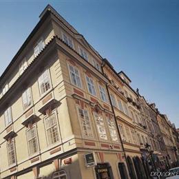 Domus balthasar prague compare deals for Balthasar hotel prague