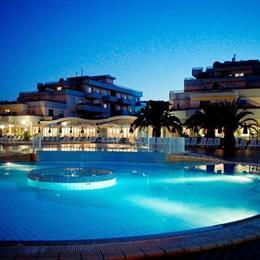 IHR Residence Hotel Le Terrazze, Grottammare - Compare Deals