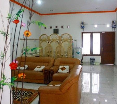 Simply Homy Guest House Monjali
