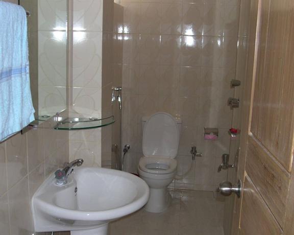 Hotel Sea Crown Cox 39 S Bazar Compare Deals