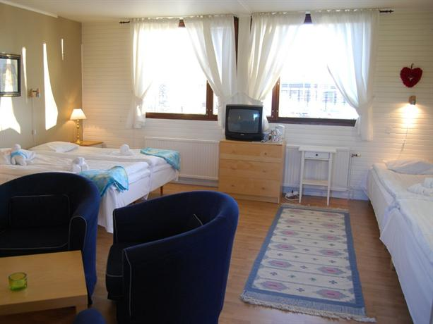 Bed and Breakfast Fyra Hastar, Rattvik - Compare Deals