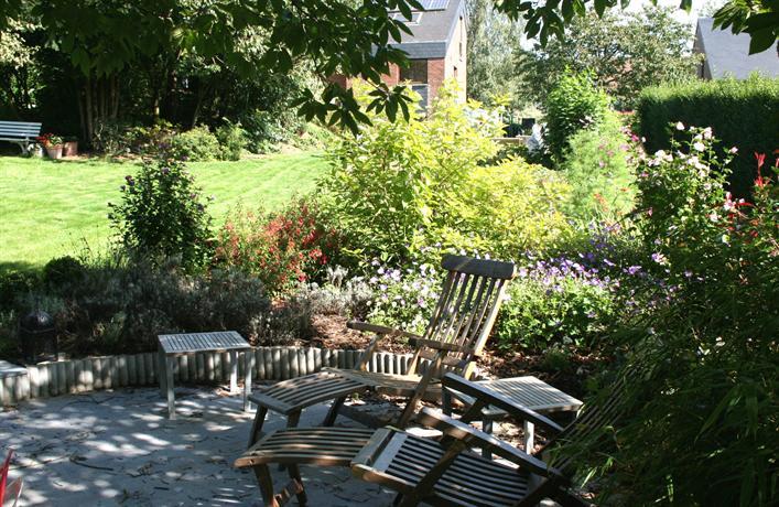 Bed and breakfast le jardin d 39 epicure olne compare deals for Brunch jardin