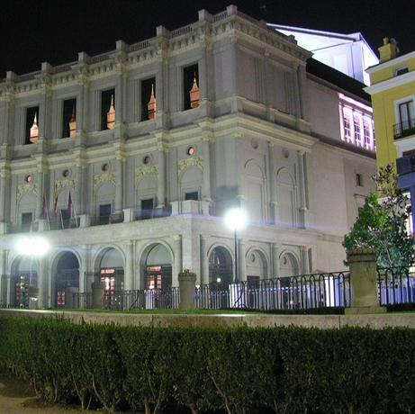 Posada real manuel madrid compare deals for Posada puerta del sol