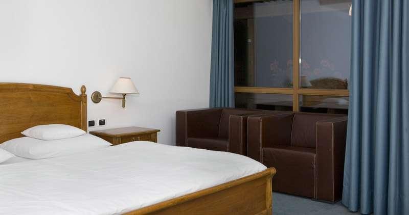 Feldmilla design hotel campo tures compare deals for Designhotel feldmilla