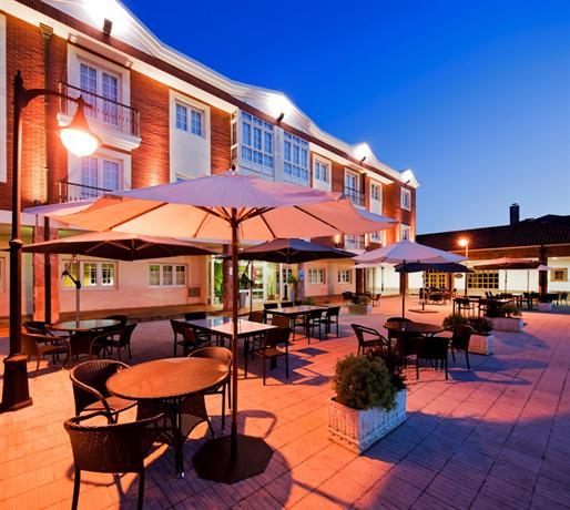 La Campana Hotel Llanera