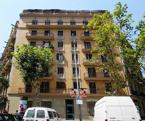 L i bcn apartment sagrada familia 6 buscador de hoteles for Hoteles en barcelona centro para familias
