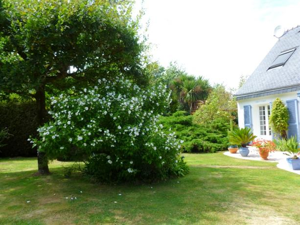 Chambre d 39 hote ker kristal carnac compare deals for Chambre d hote brittany