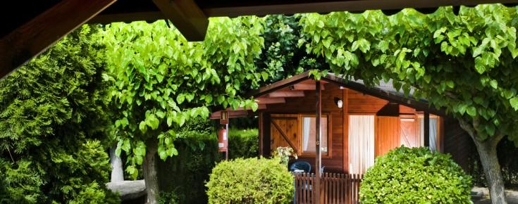 Camping el solsones bungalows solsona offerte in corso for Fantastici disegni di bungalow
