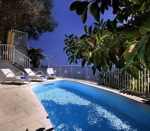 Villa lighea art boutique hotel positano compare deals for Art boutique hotel