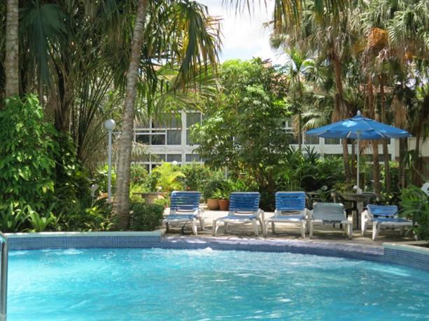 oasis hotel barcelona compare deals. Black Bedroom Furniture Sets. Home Design Ideas