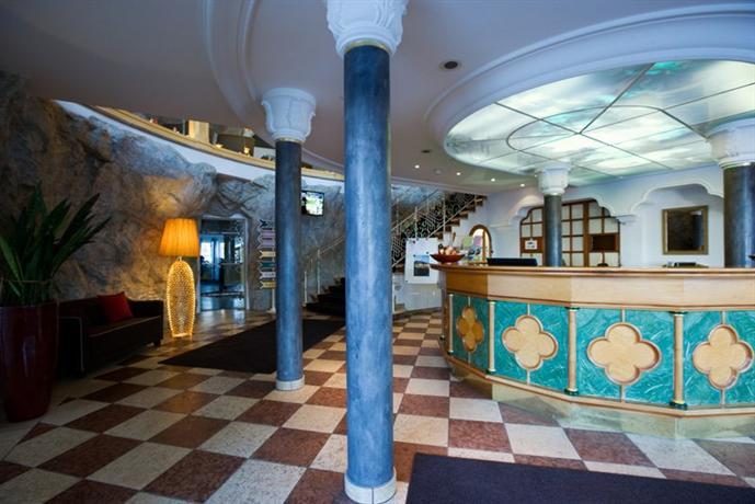 Hotel allgauer rosenalp oberstaufen compare deals for Oberstaufen hotel