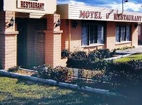 About Anchor Wheel Motel Restaurant