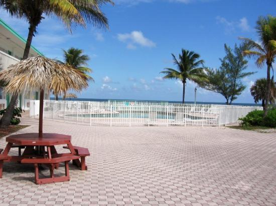 About Golden Nugget Beach Club