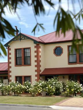 Wine And Roses Bed And Breakfast Adelaide Compare Deals