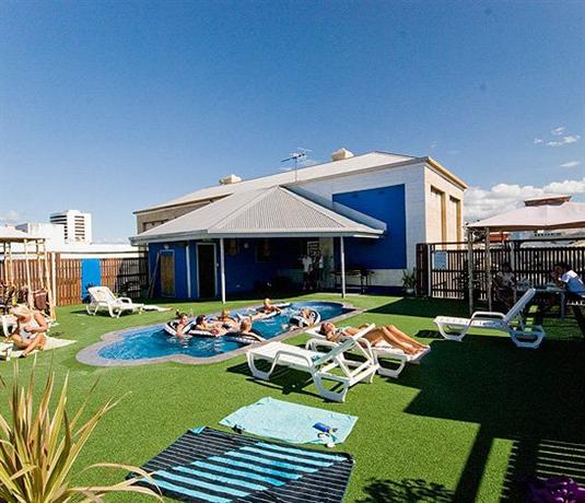 Global Backpackers - Central Cairns