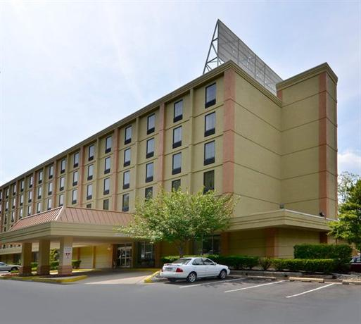 Towson Place Hotel & Suites