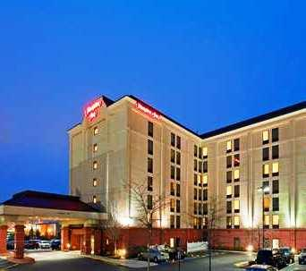 Hampton Inn Boston - Logan Airport