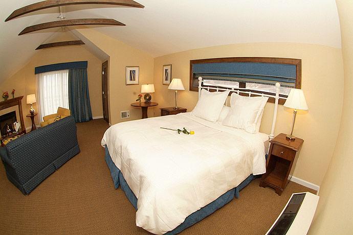 Danfords Hotel  U0026 Marina  Port Jefferson