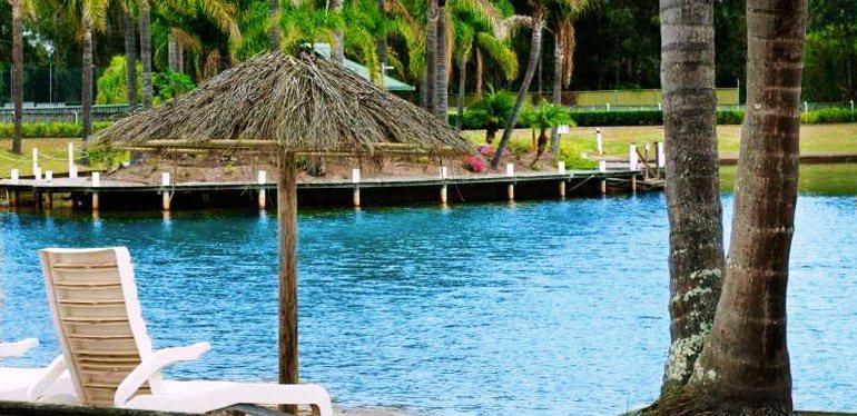 village resort port macquarie compare deals. Black Bedroom Furniture Sets. Home Design Ideas
