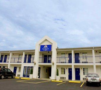 Americas Best Value Inn and Suites/Lookout Mountain West