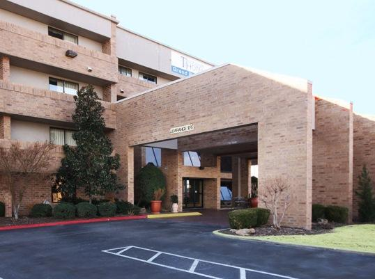 Clarion Inn & Suites Central I-44