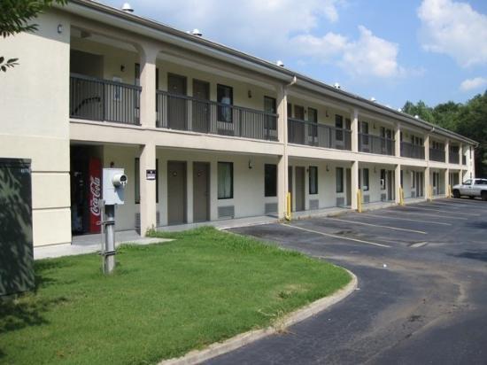 Country Hearth Inn Decatur Georgia