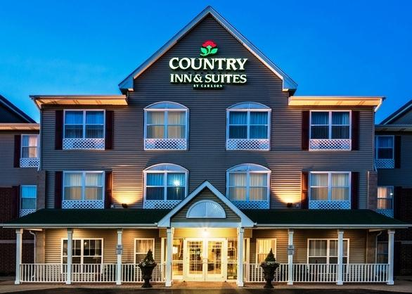 Country Inn & Suites by Radisson Crystal Lake IL